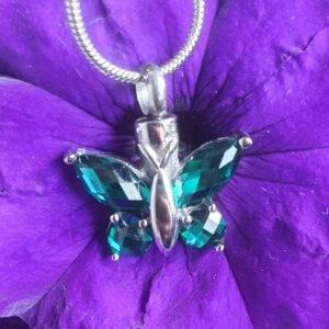 Ashanger vlinder mini urn inclusief ketting